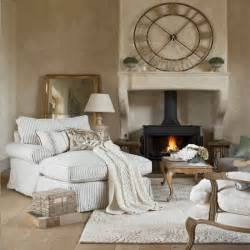 Country French Settee - cosy french style living room living room decorating housetohome co uk