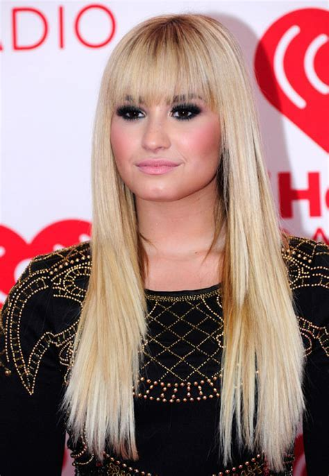 Demi Lovato Blonde Hair Blunt Bangs   Women Hairstyles