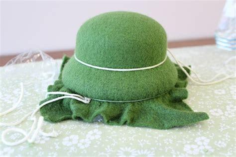 Felt Hats By Mademoiselle Ombrelle 2 by How It S Made Wool Felt Hats Part 1 Wool Felt
