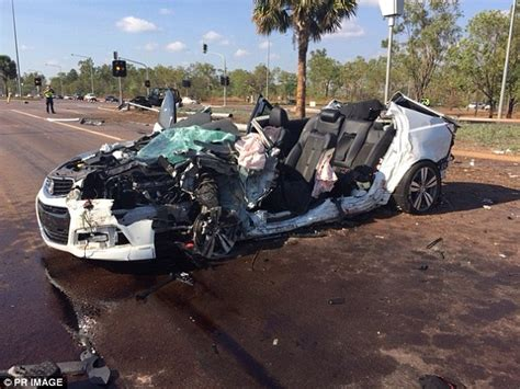 crashed white jeep darwin passenger dies after stolen commodore smashed