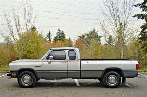 car engine manuals 1993 dodge d250 auto manual 1993 dodge ram d250 club cab 12 valve 5 9l cummins 5 speed manual 120 029 miles