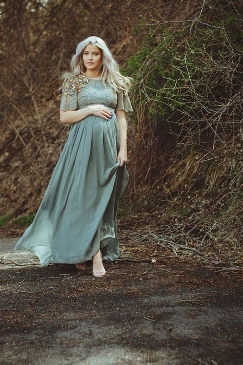 cara loren fancy up the bump see also i want this to be 17 best images about maternity style on pinterest