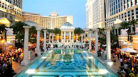 Garden Of The Gods Vegas Spend 1 000 To Dine With Nobu Matsuhisa Eater Vegas