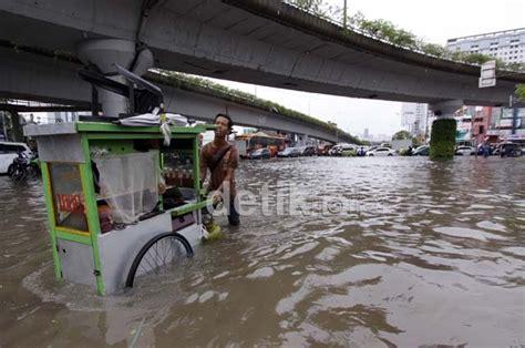 detiknews jakarta banjir daerah rawan banjir jakarta tersebar di 142 titik apakah