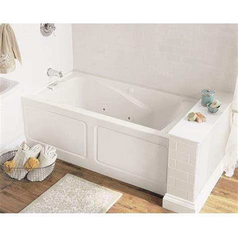 5 Ft Bathtubs by American Standard Everclean 5 Ft Whirlpool Tub In White