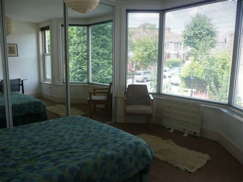 5 bedroom student house london 5 bedroom terraced house to rent in albert road hendon