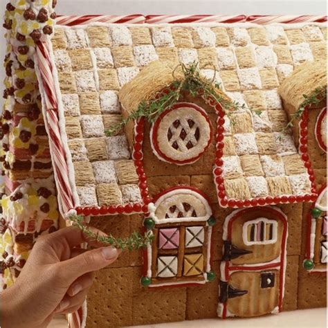 graham cracker house ideas 1000 ideas about graham cracker house on pinterest