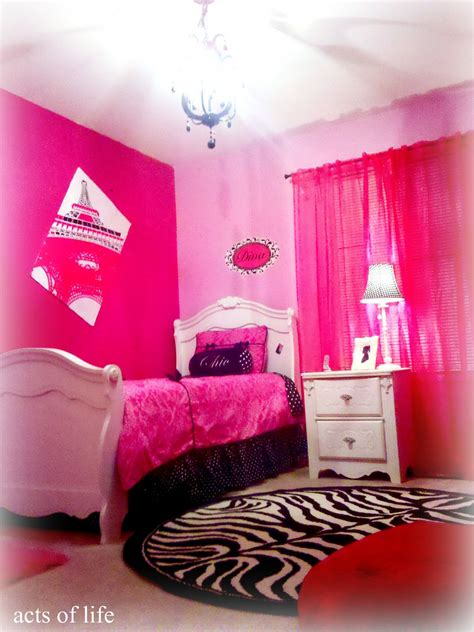 Hot Pink Bedrooms | acts of life hot pink bedroom my daughters bedroom project