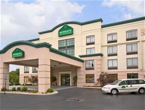 comfort suites dorney park wingate by wyndham allentown pa allentown deals see