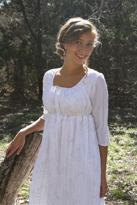 Bezahlbare Brautkleider by Regency Drawstring Gown Austen Dress Ready To Ship