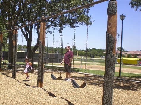 swing like a monkey single post swing
