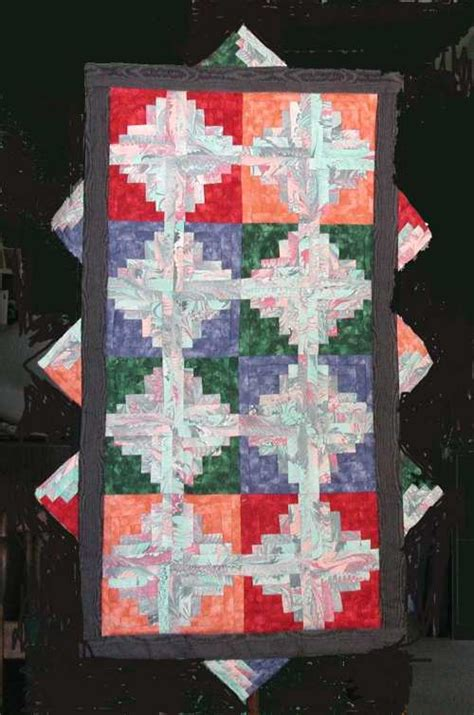 Quilt Assistant log cabin quilt wall hanging free pattern