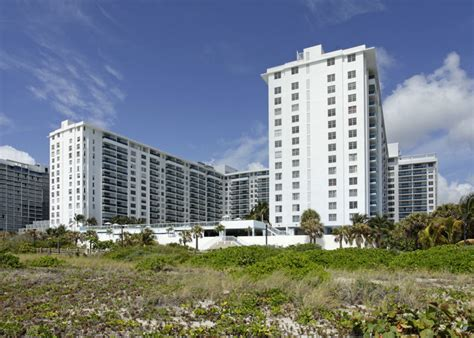 Apartments For Rent In Miami Collins Ave Perry South Rentals Miami Fl Apartments