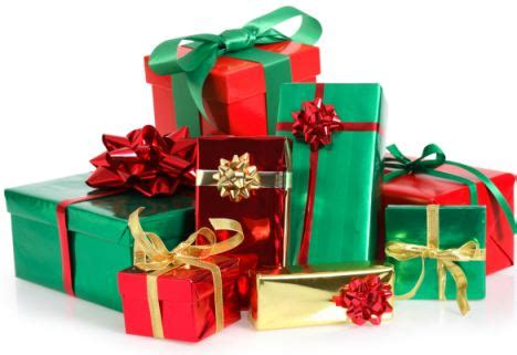 why men are hopeless at wrapping christmas presents they