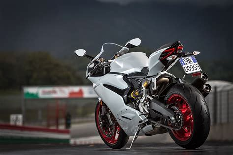 MILAN SHOW: Ducati 959 Panigale revealed   MCN