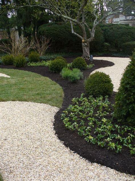 black mulch crushed rock jardines patios