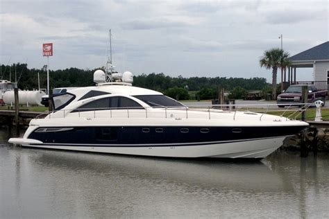 boat service jobs a new paint job for a 64 fairline yacht jarrett bay