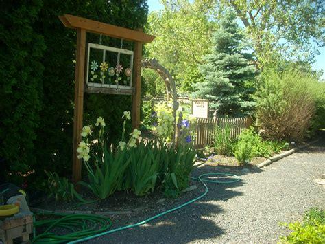 30 innovative backyard landscape design basics izvipi com
