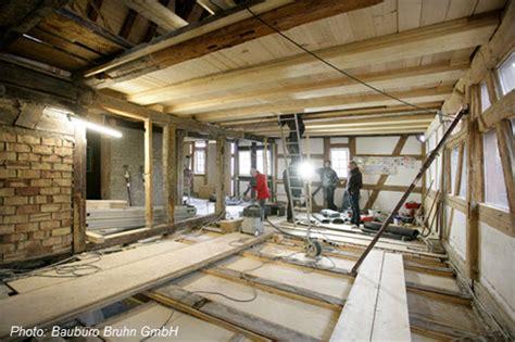Haus Kernsanieren Kosten by Kernsanierung Eines Denkmalgesch 252 Tzten Hauses In Salem
