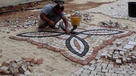 trentin ghiaia plm pavimenti in pietre colorate con posa disegno in