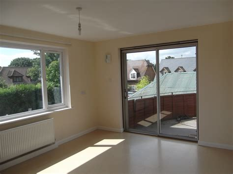 2 bedroom house to rent private landlord 2 bed flat share to rent lees road ashford tn25 6qb