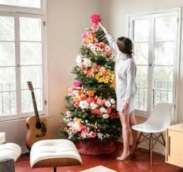 how to decorate pictures people use flowers to decorate their christmas trees and