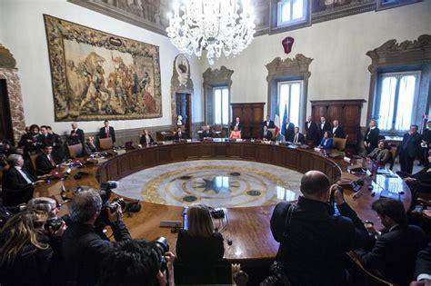 consiglio dei ministri renzi consiglio dei ministri approvata la legge di delegazione