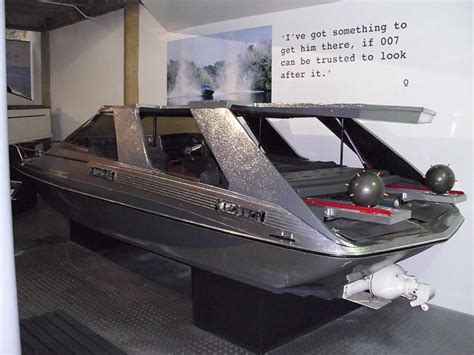 glastron boat james bond movie 17 best images about classic speedboats on pinterest