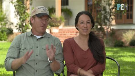 how chip and joanna gaines fell in love will warm your heart fixer upper s chip and joanna gaines chocolate chip bundt