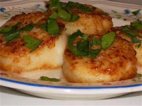 203 best food from my kitchen images on pinterest recipe for sauteed scallops with garlic kalyn s kitchen