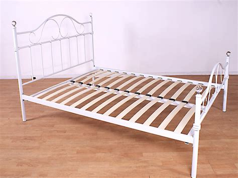 White Wire Bed Frame Gfw Sparkle 3ft Single White Metal Bed Frame By Gfw