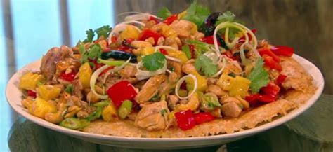 Berry Chicken Recipes Saturday Kitchen by Pineapple Chicken With Guo Bao Rice Saturday Kitchen Recipes