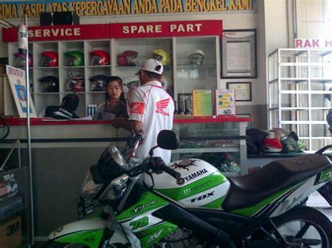 Sparepart Honda Di Ahass jualan motor honda jagonya tapi jualan sparepart yamaha