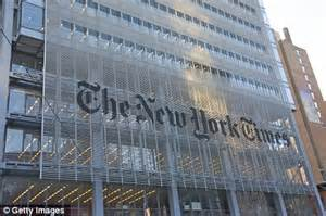 new york times ceo janet robinson suddenly quits without