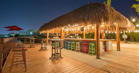 Hut Bar Tiki Bars Big Kahuna Tiki Huts