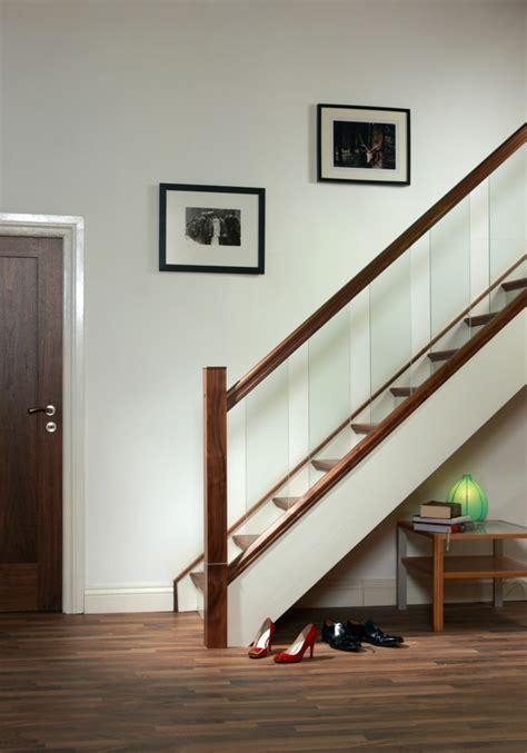 Banister Designs 40 Treppengel 228 Nder Glas Luftiges Gef 252 Hl Im Innendesign