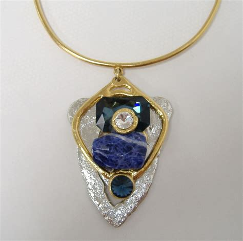 Handmade Semi Precious Necklaces - 100 407 263 375 145 jpg