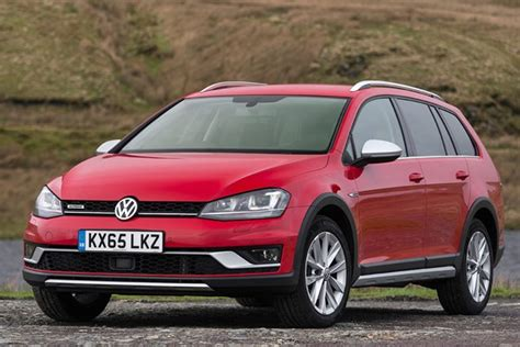 Volkswagen Golf 2015 Price by Volkswagen Golf Alltrack From 2015 Used Prices Parkers