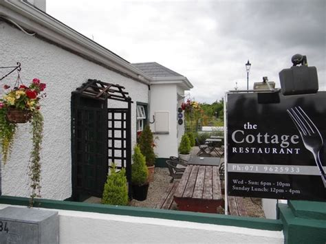 cottage restaurant the restaurant entrance picture of the cottage