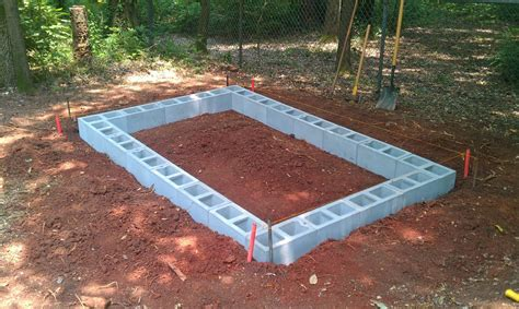 Cinder Block Storage Shed by How To Build A Concrete Block Shed Foundation Haddi