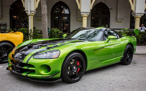 car wallpaper green dodge viper auto cars green sport wallpaper allwallpaper