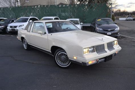 supreme sale oldsmobile cutlass supreme cars for sale