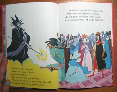 libro sleeping beauty vintage childrens book walt disney s sleeping beauty disney disney sleeping beauty and book