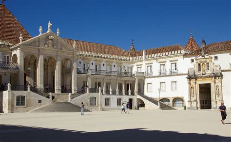 Mba Courses In Portugal Universities by Courtyard Of The Of Coimbra The Of