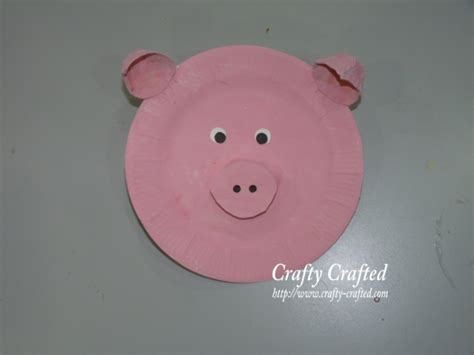 Pig Paper Plate Craft - pig crafts for toddlers