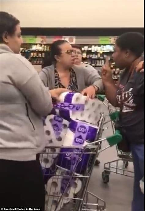 toilet paper mayhem frantic shoppers  australia fight  supermarkets daily mail