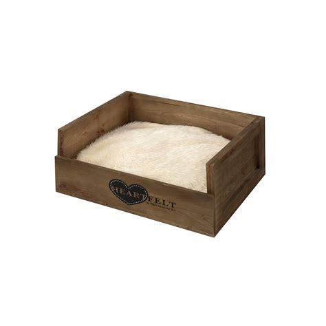 eingangstüren aus holz d d heartfelt wooden crate hundebett aus holz