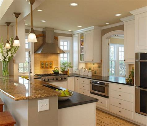 kitchen layout ideas for small kitchens best 25 small kitchen designs ideas on pinterest small