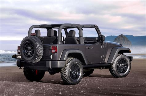 jeep wrangler sports 2014 jeep wrangler reviews and rating motor trend