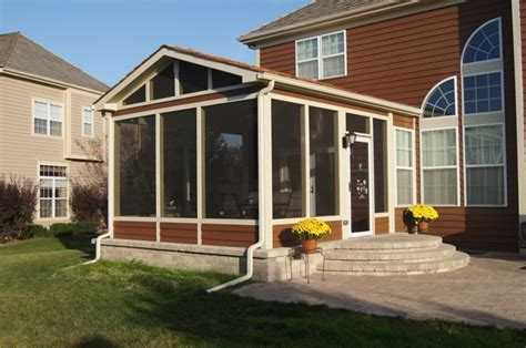 Columbus Screen Porch With Paver Patio And Rounded Stairs Screened Patio Designs